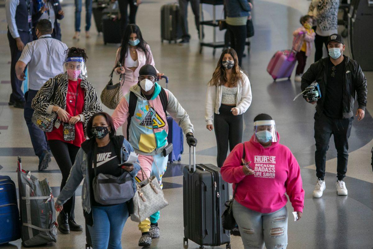 Las tarifas aéreas disminuyeron en promedio un 30%.