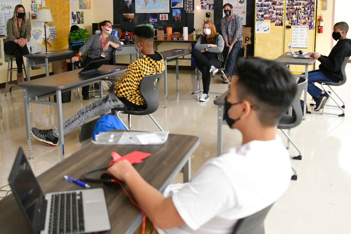 Se suspenden las pruebas de covid en el Distrito Escolar Unificado de Long Beach. (Getty Images)