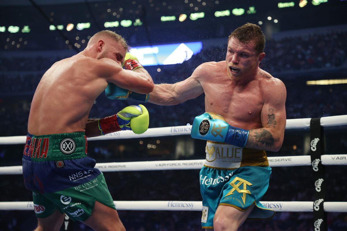 El azteca le fracturó el hueso ocular a Saunders en la última pelea.