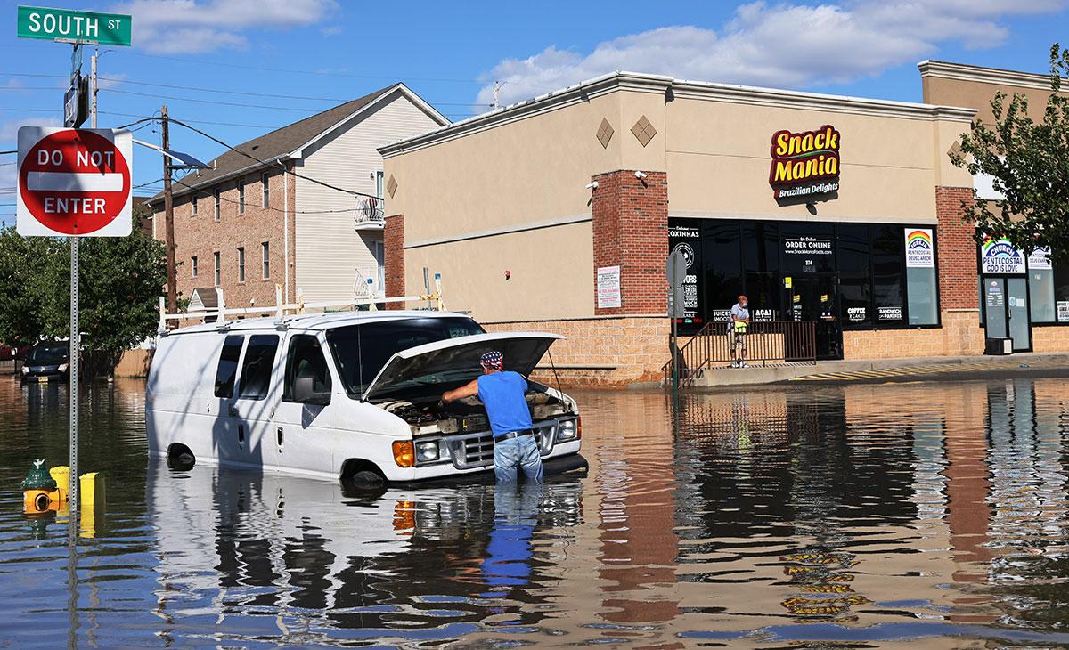Joe Biden aprueba declaratoria de emergencia para Nueva York y Nueva Jersey tras inundaciones históricas por Ida.