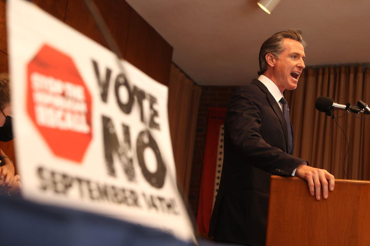 El gobernador Newson seguirá al frente de California