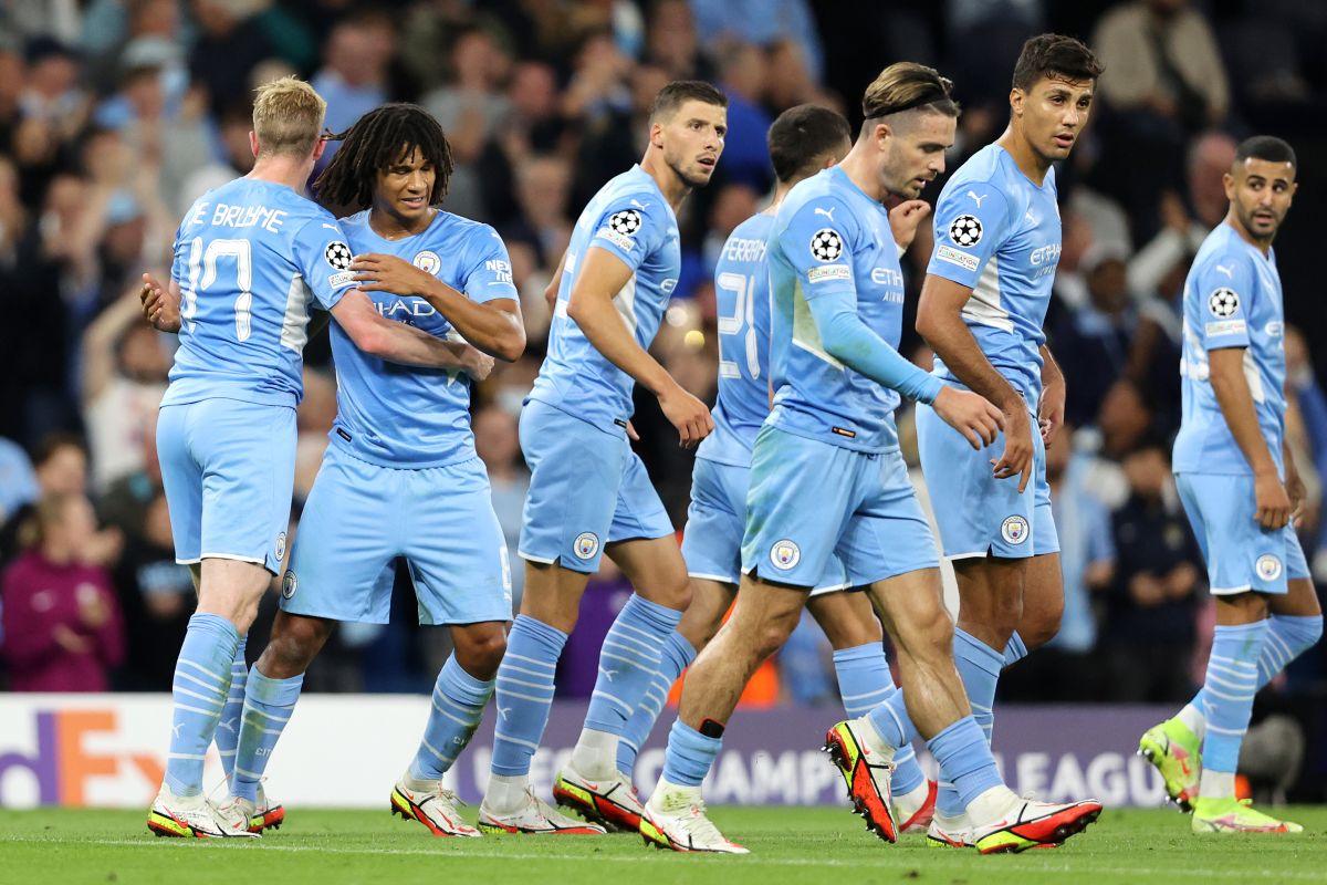 Aké anotó en la victoria del City 6-3 sobre el Leipzig