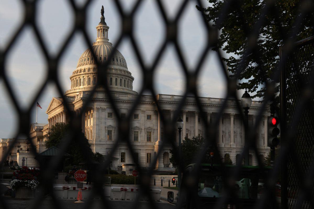 Una cerca refuerza de nuevo la seguridad del Capitolio desde el 16 de septiembre.