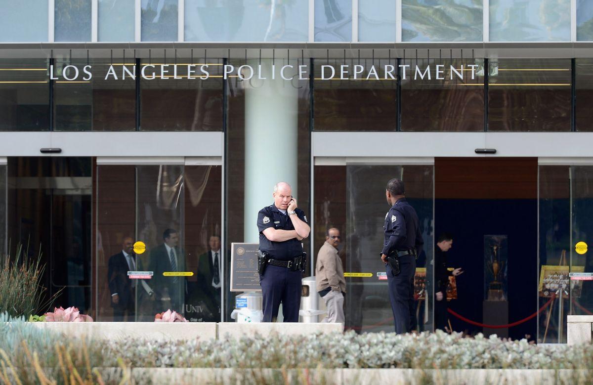 La pareja presuntamente culpable fue arrestada por la policía de Los Ángeles.