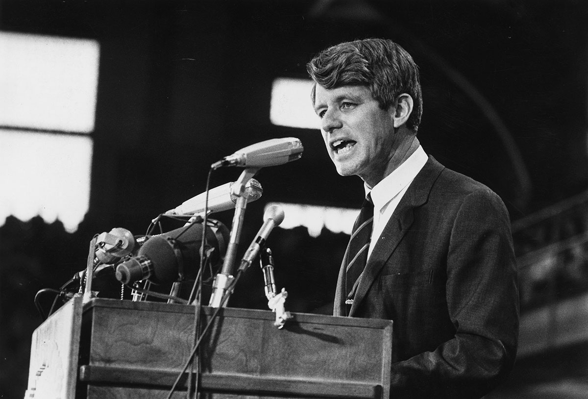 Viuda de Robert F. Kennedy pide que no se libere al asesino de su esposo.