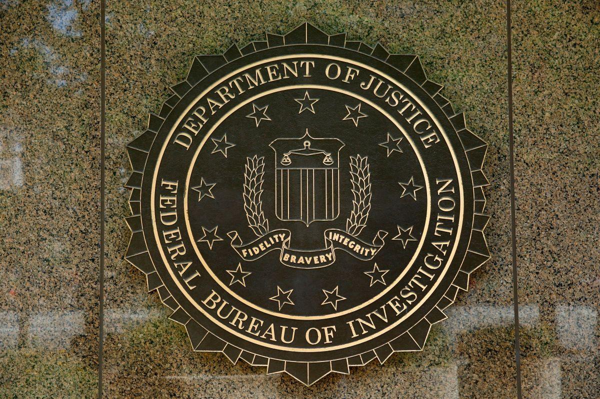 En una rueda de prensa, el FBI y otros cuerpos policiales en Wyoming anunciaron el hallazgo de un cuerpo que coincide con el de Gabby Petito.