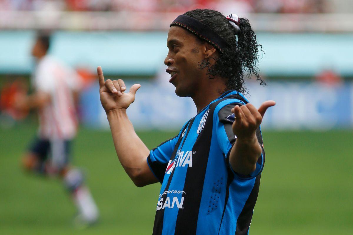 Ronaldinho marcó ocho goles en la Liga MX con los Gallos Blancos de Querétaro.
