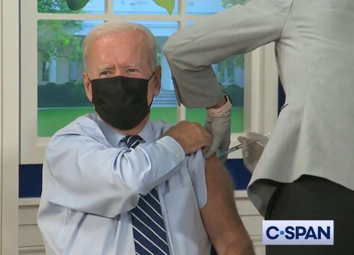 Esta tarde, el presidente Joe Biden recibió su vacuna de reforzamiento contra COVID-19.