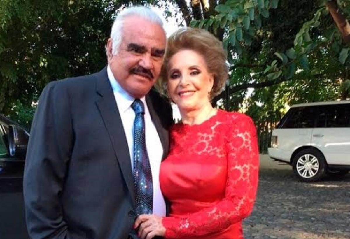 Doña Cuquita, esposa de Vicente Fernández es hospitalizada.