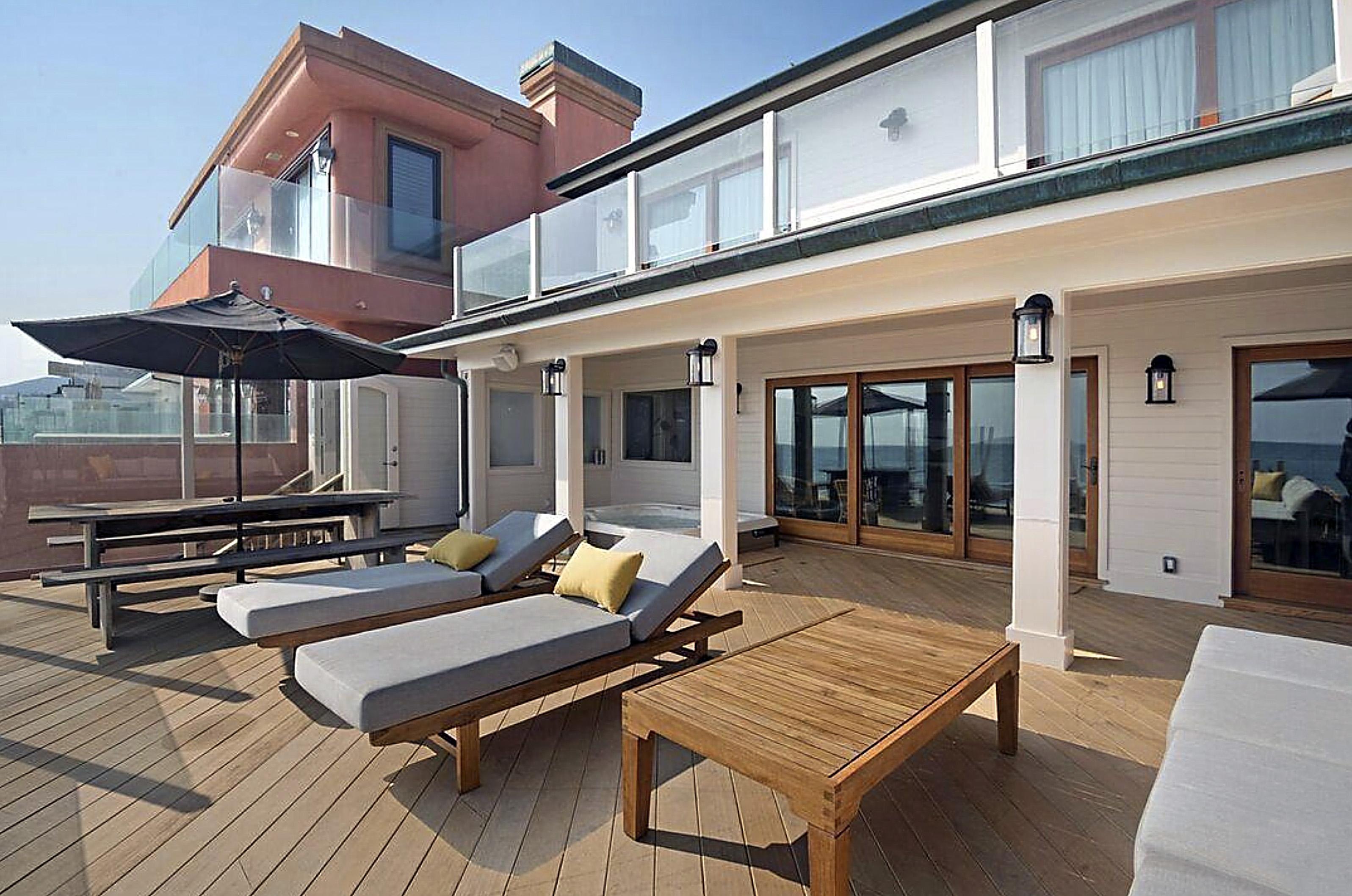 DiCaprio House