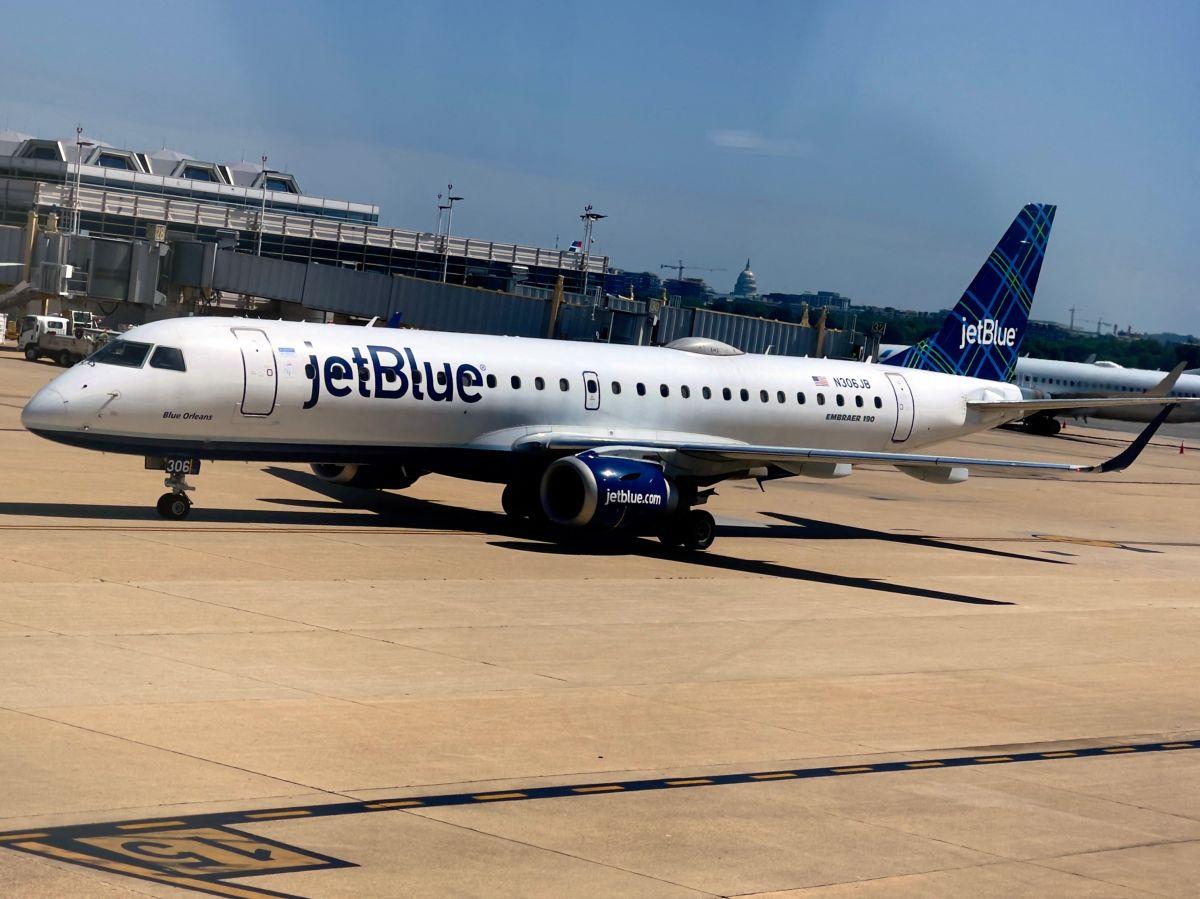 El avión aterrizó a salvo en San Juan, Puerto Rico,