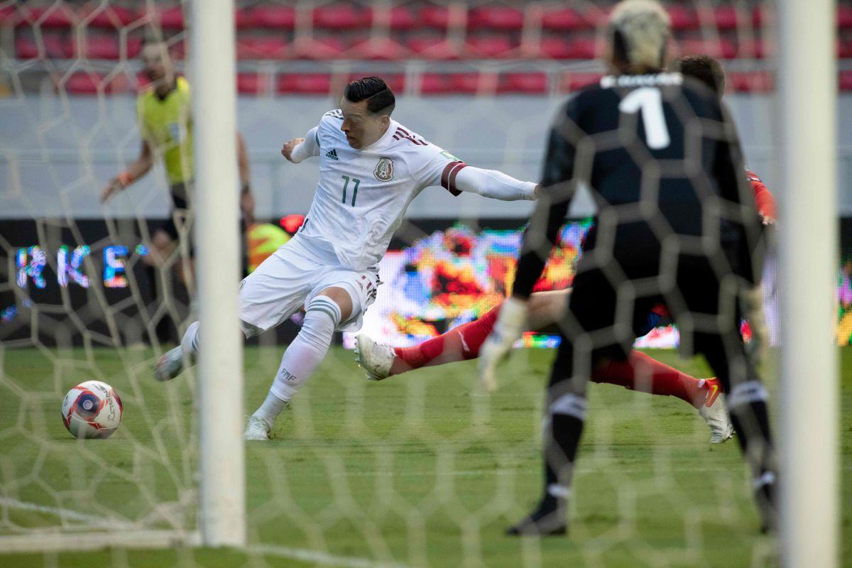 Funes Mori suma cuatro partidos sin marcar con El Tri.