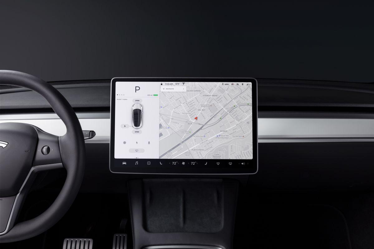 El sistema de asistencia al conductor de Tesla sigue siendo investigado por la NHTSA.