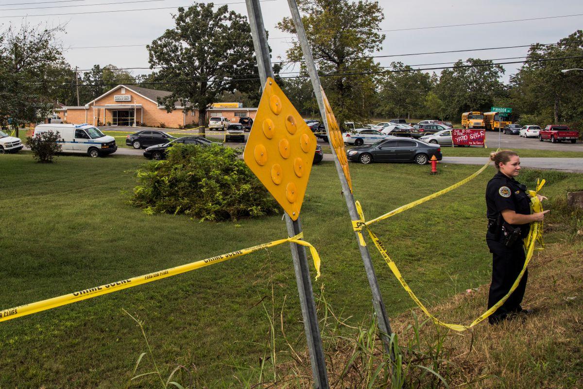 El tiroteo ocurrió en Collierville, 30 millas al este de Memphis, Tennessee.