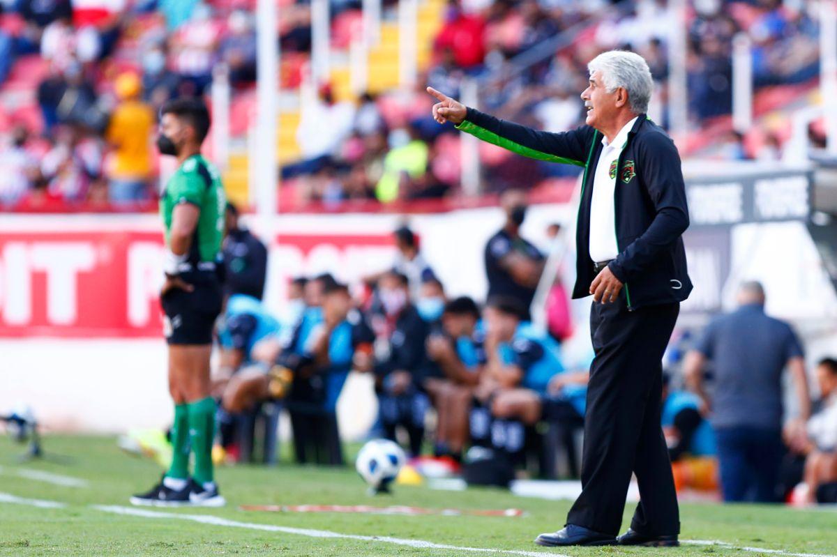 Ricardo Ferretti, entrenador de FC Juarez.