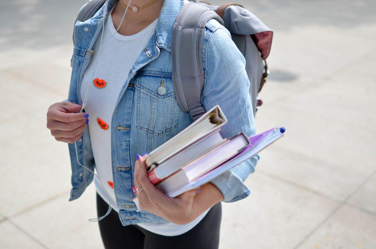 En Estados Unidos, los extranjeros con visa de estudiante pueden obtener una licencia de conducir siempre y cuando cumplan con algunos requisitos.