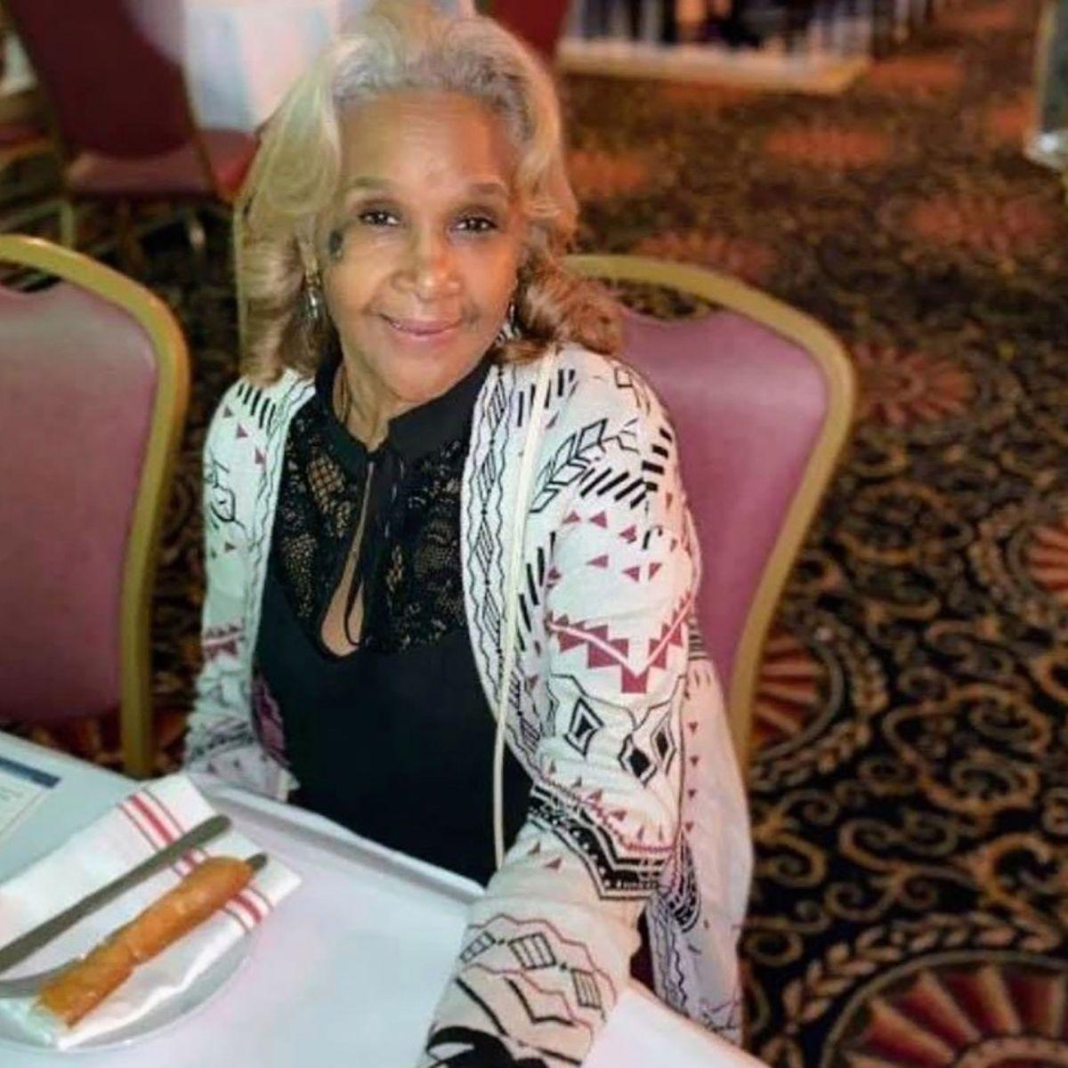 Rosa Hernández tiene hoy 64 años y recuerda el 9/11 como si hubiera pasado ayer./ cortesía.