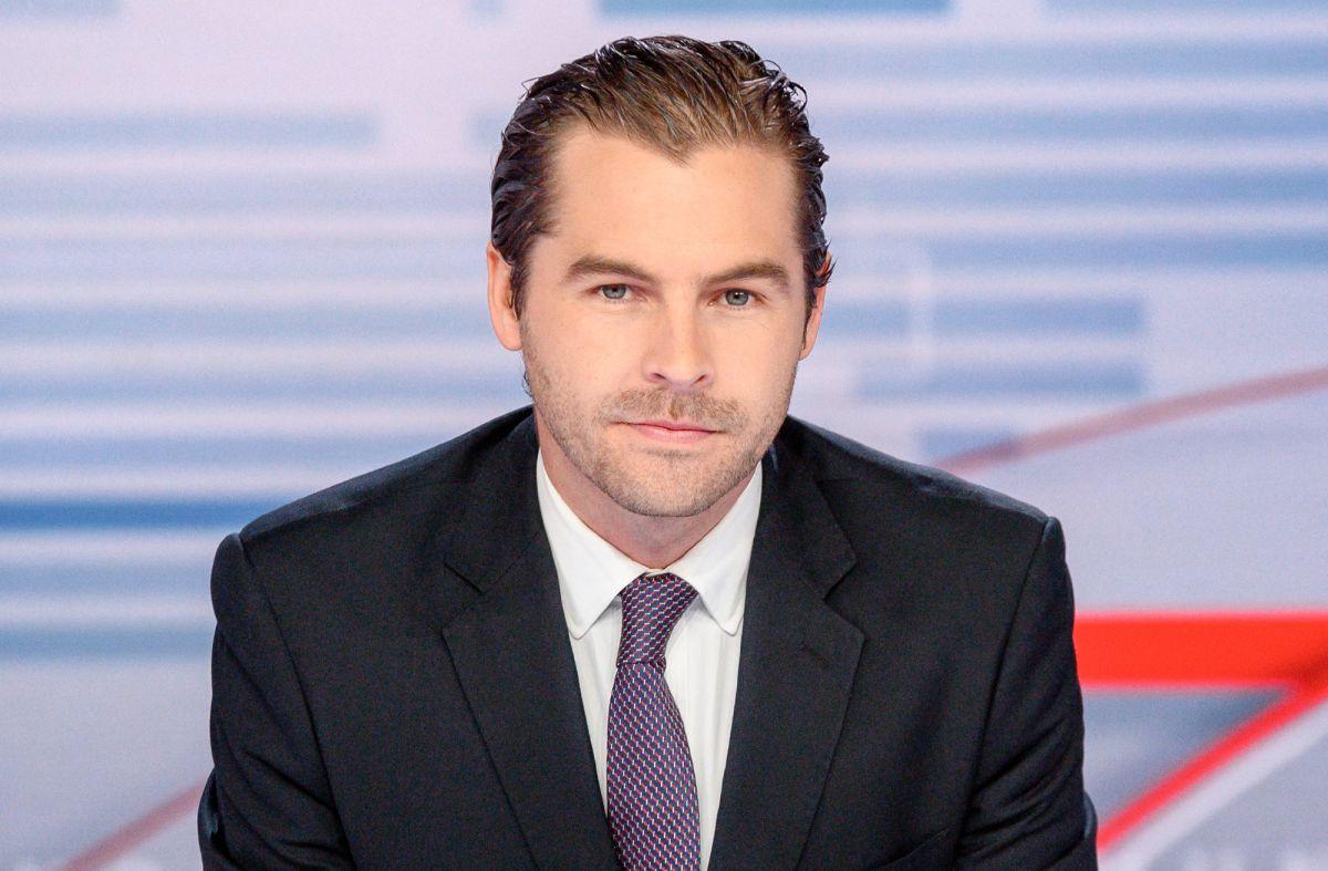 Julio Vaqueiro es el nuevo presentador de 'Noticias Telemundo'.