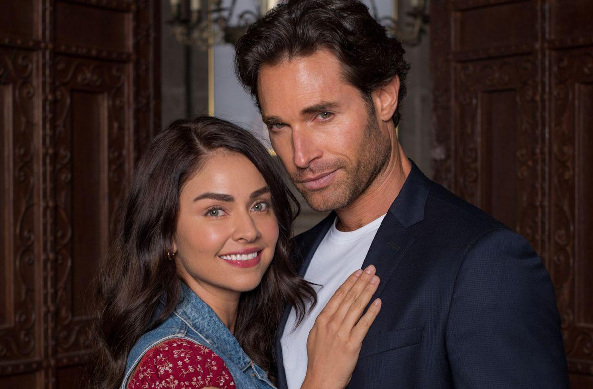 Claudia Martin y Sebastián Rulli, los protagonistas de 'Los Ricos También Lloran'.