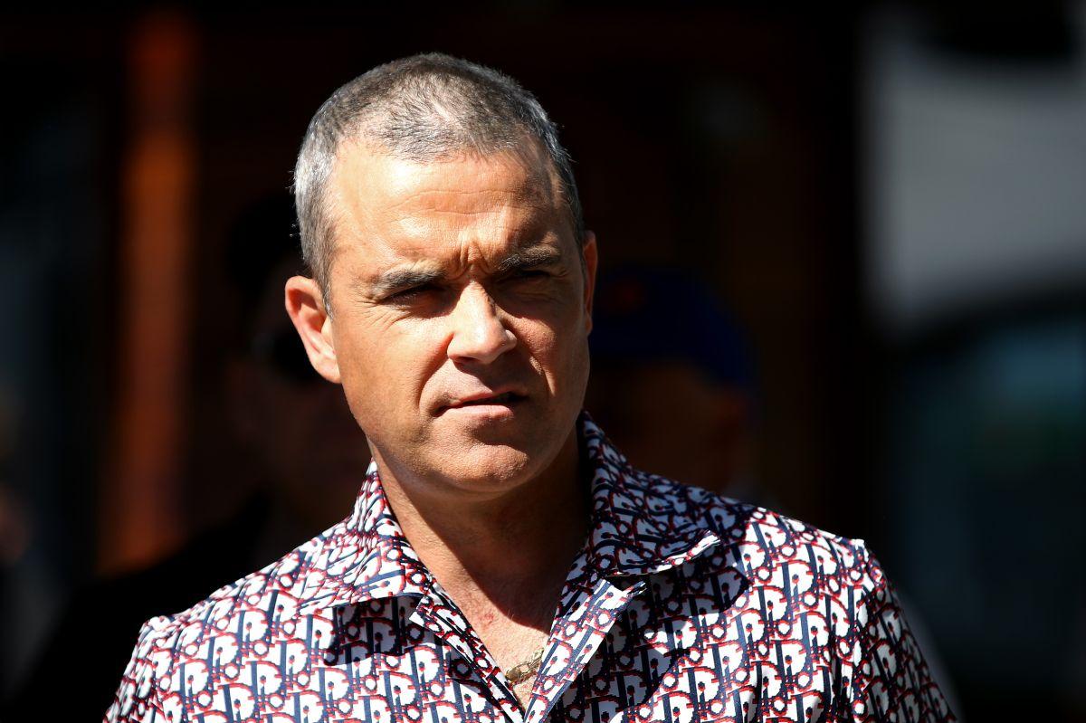 El cantante Robbie Williams sigue buscando dueño para su histórica mansión en el Reino Unido.