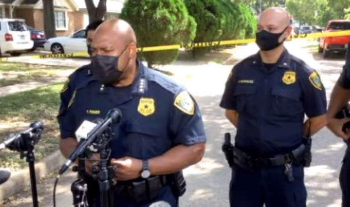 La Policía de Houston investiga.