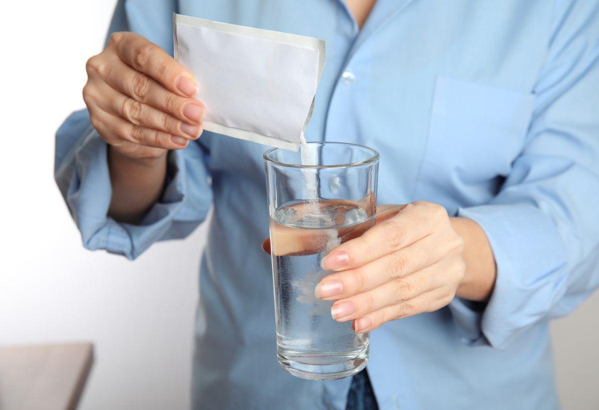 Los sueros orales se encargarán de prevenir la deshidratación y dar más energía ya sea por enfermedad, calor o por viajes.