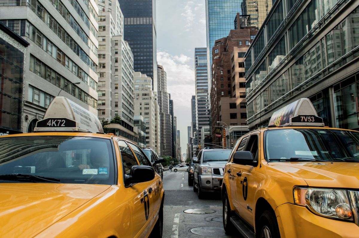 La nueva ley en el estado de New York busca favorecer el uso  de vehículos eléctricos en el estado.