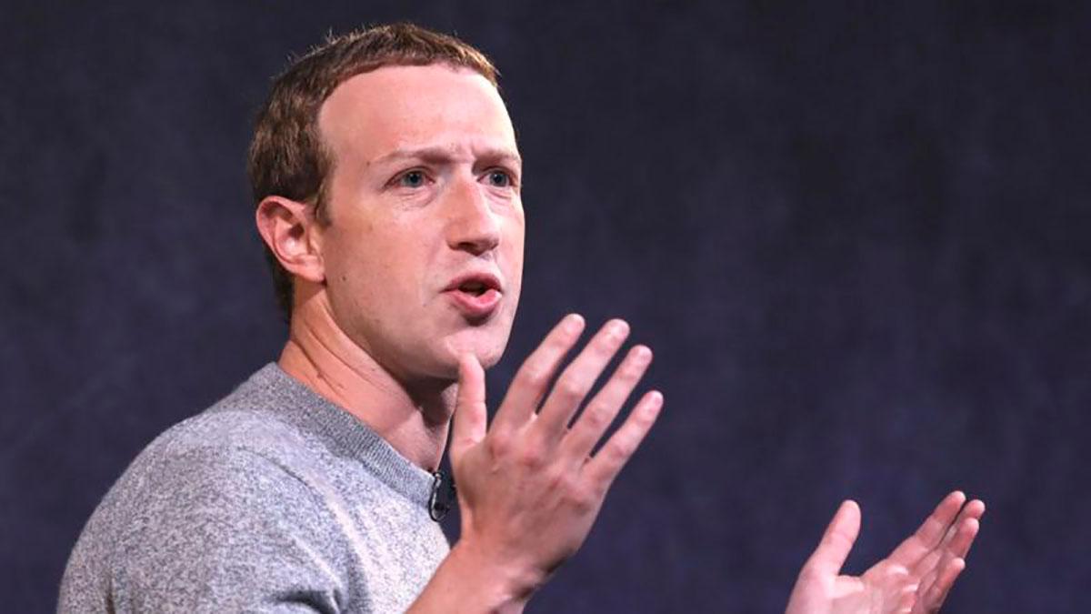 Mark Zuckerberg se disculpó por el reciente colapso de la compañía.