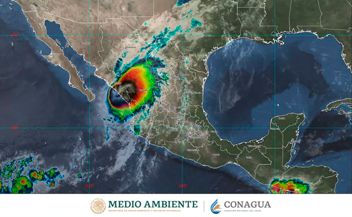 Pamela toca tierra como huracán categoría 1 en Sinaloa México, informa la CONAGUA.
