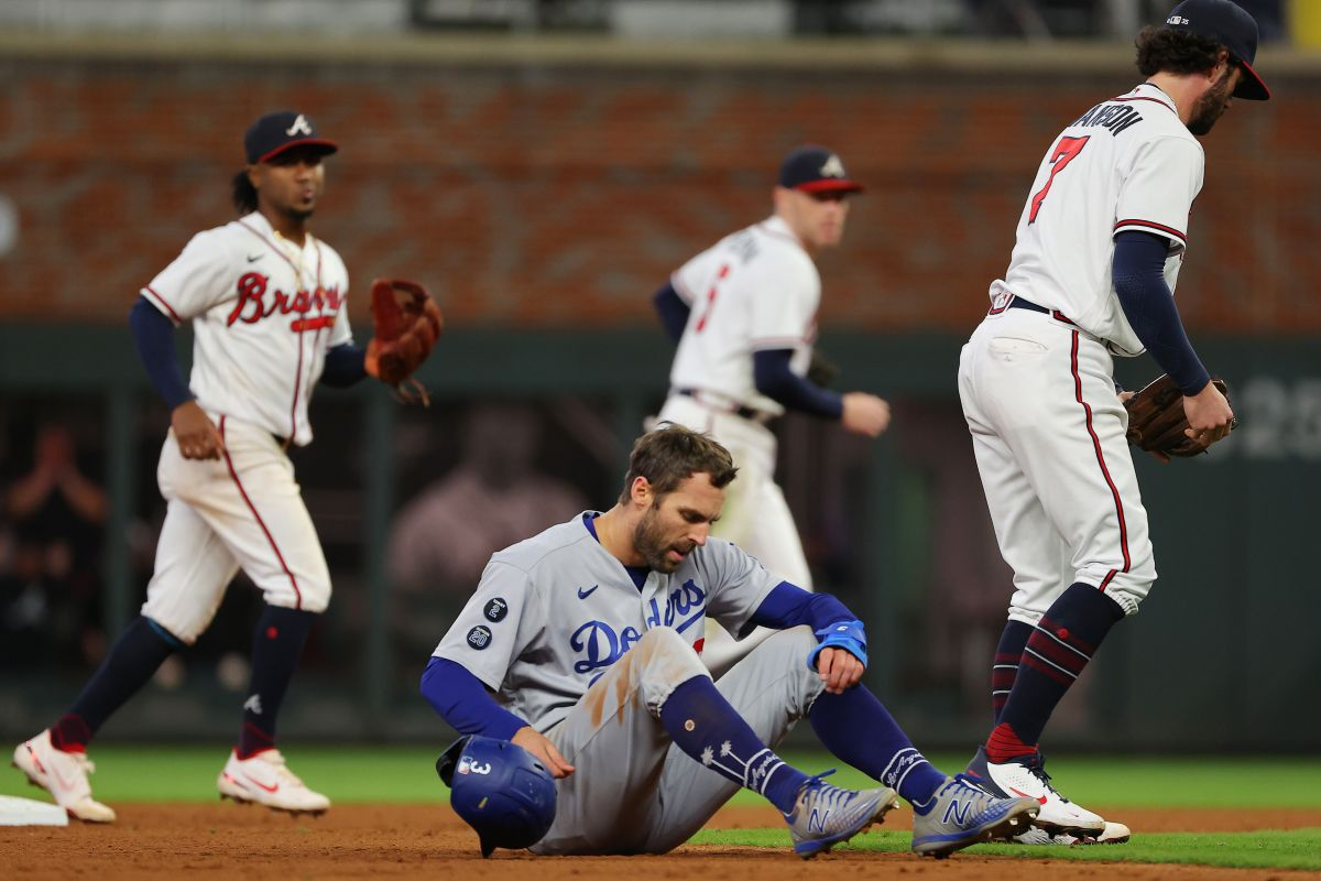 Dodgers have erratic start to Championship Series;  Atlanta leaves them laying