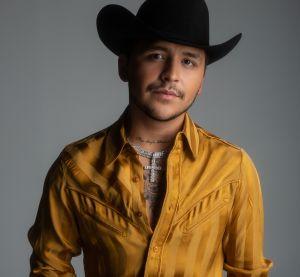 Christian Nodal da la cara y habla de la cancelación del concierto en el Valle de Guadalupe thumbnail