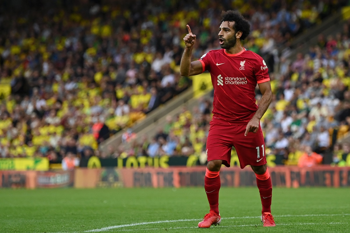 """Salah sparked praise after his brilliant performance: """"Technically, it's amazing.  It reminds me of Ronaldinho """" [Video]"""
