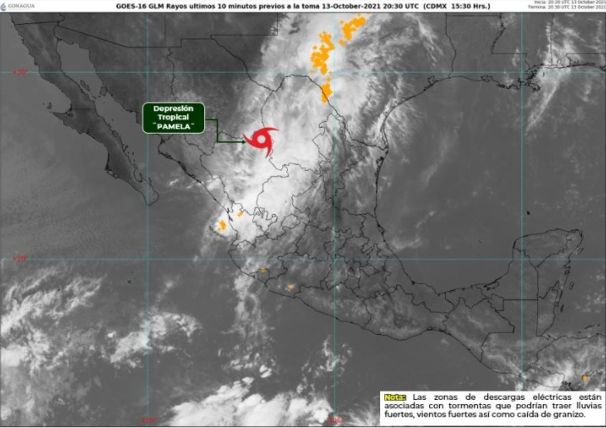 El Servicio Meteorológico Nacional de Mëxico prevé que Pamela siga debilitándose a medida que avanza la semana.