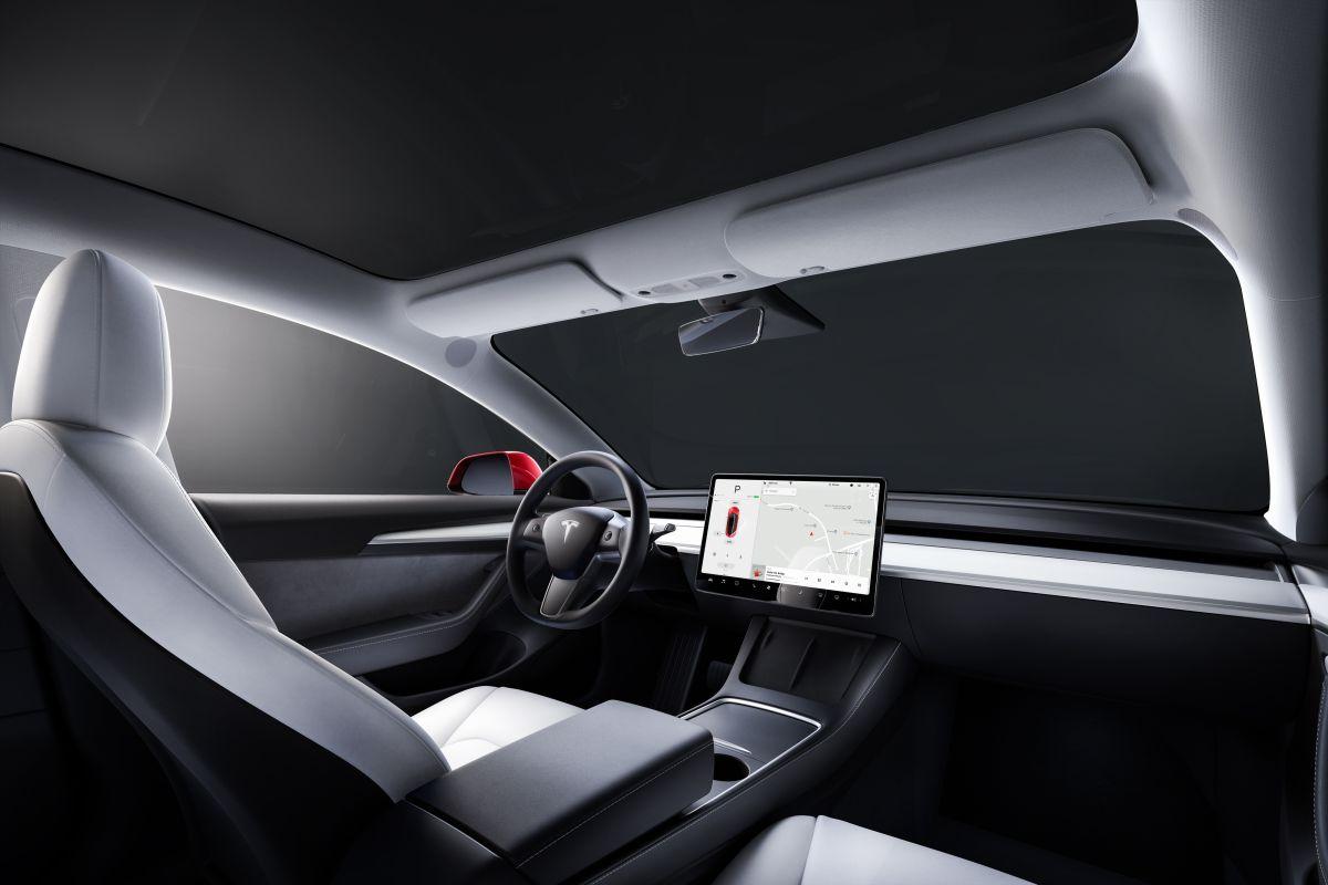 El Tesla FSD es el software de conducción semiautónoma en los autos eléctricos de Tesla.
