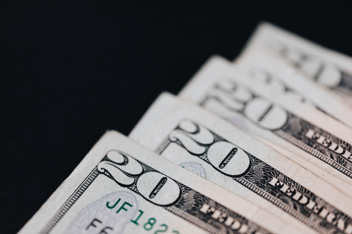 What is the price of the dollar in Mexico this Thursday, October 14